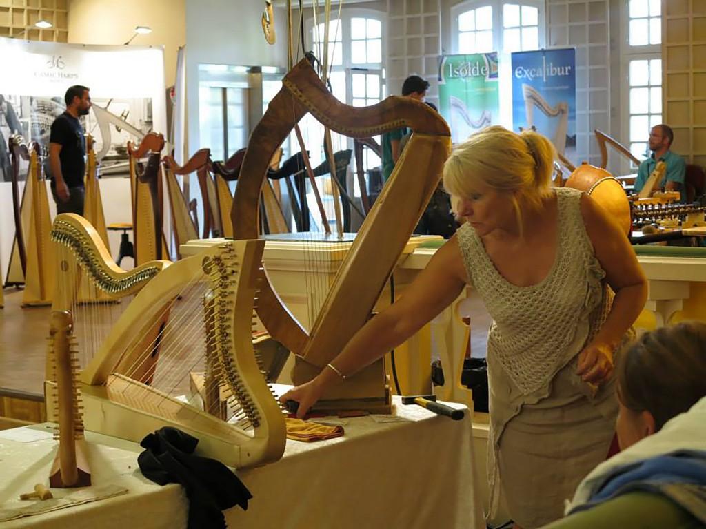 Salon des luthiers ©Brigitte Costa Leardée